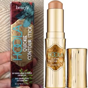 Hoola Cream to Powder Contour Stick- by Benefit
